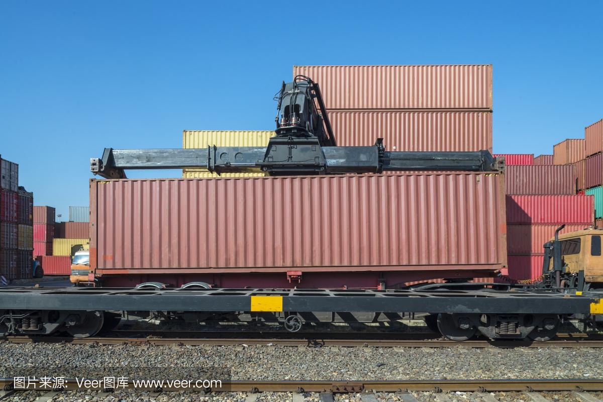 铁总负债率60%?铁路总公司改革方向:全民参与国家铁路建设同时也共享国家铁路发展成果